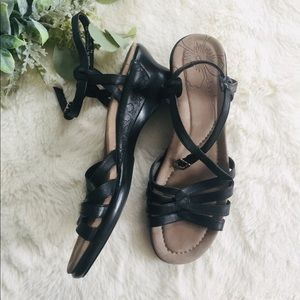 NWOT Dansko Leather Sandals 39